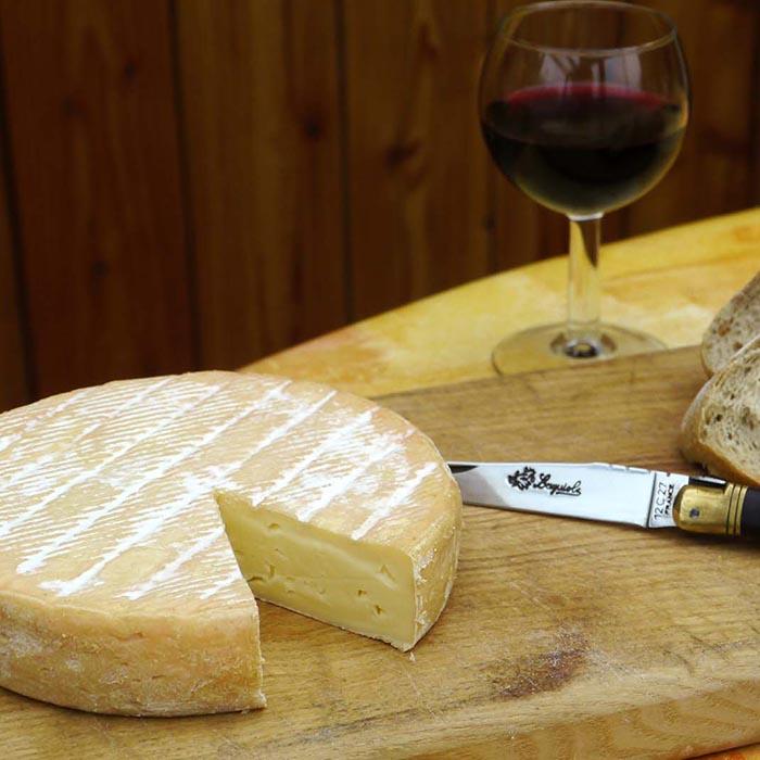 Dégustation de fromages vosgiens groupe tourisme - village vacances 4 Vents