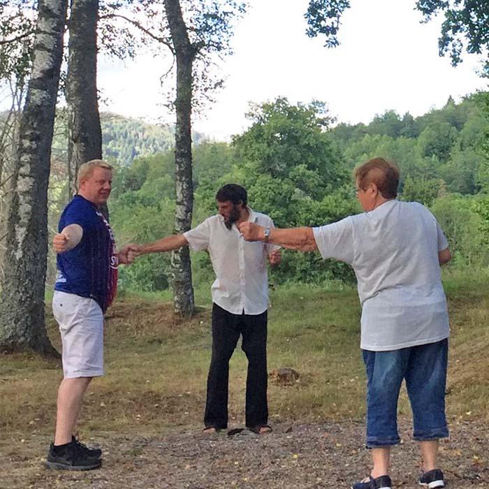Initiation au Qi Gong vacances d'été au village vacances les 4 Vents Vosges